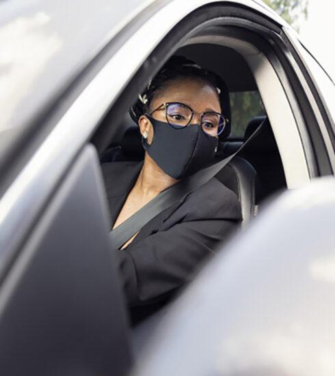 multa para quem não usar máscara dentro de carro é falsa