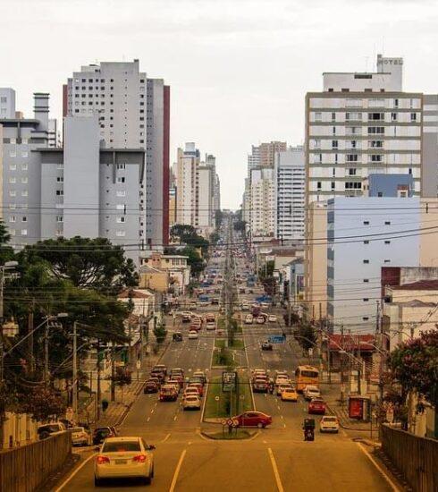 bandeira laranja em Curitiba